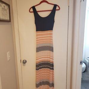 Market & Spruce Maxi Dress w/crisscross back